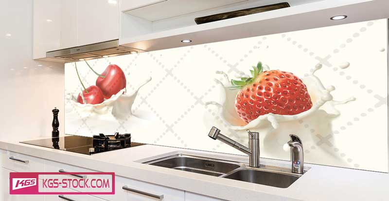 Splashbacks Glass design - Cherry and strawberry in milk  - 100272