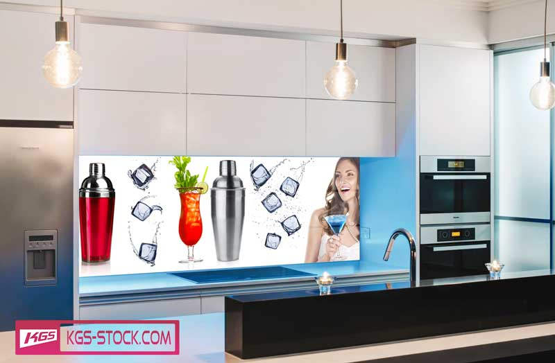 Splashbacks Glass design - Cocktail with girls - 100267