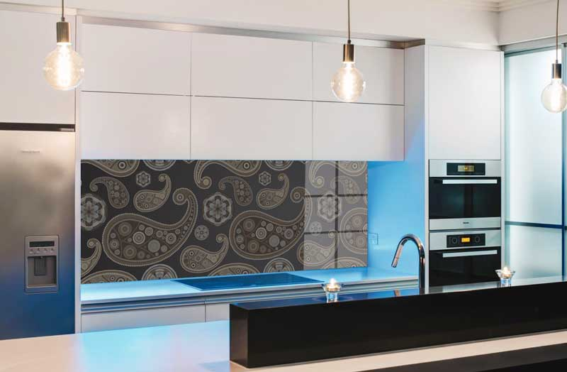 Splashbacks Glass design - Dark almond-shaped pattern - 100824