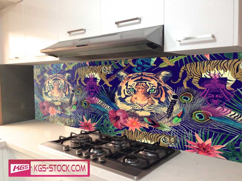 Splashbacks Glass design - Tiger head paint in the dark - 100618