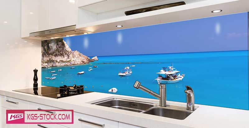 Splashbacks Glass design - Ocean view with boats - 100443
